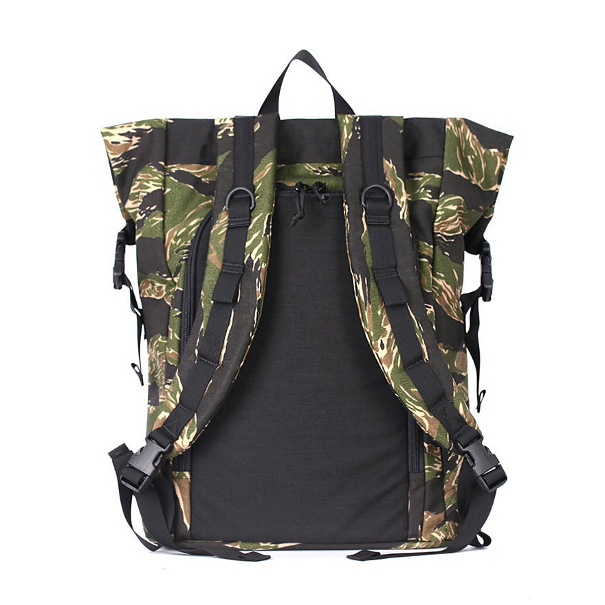 [Exclusive] Roll Up Backpack - Green Tiger Black Mixed