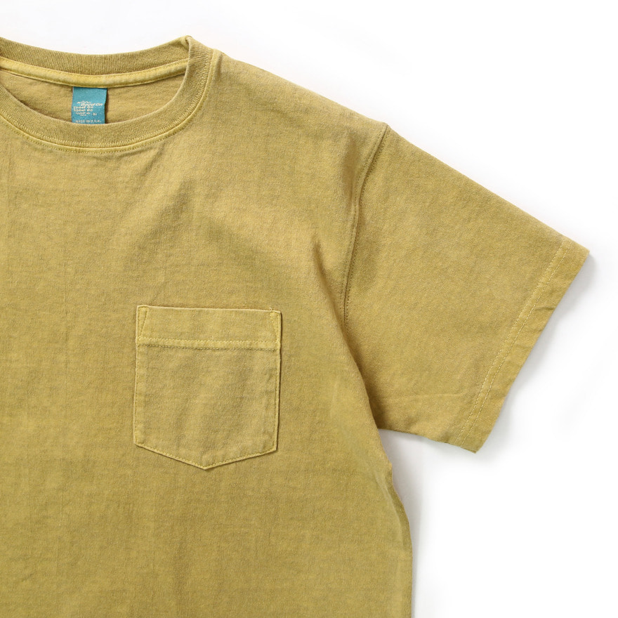 Crew Neck Pocket T-shirts - P-Banana