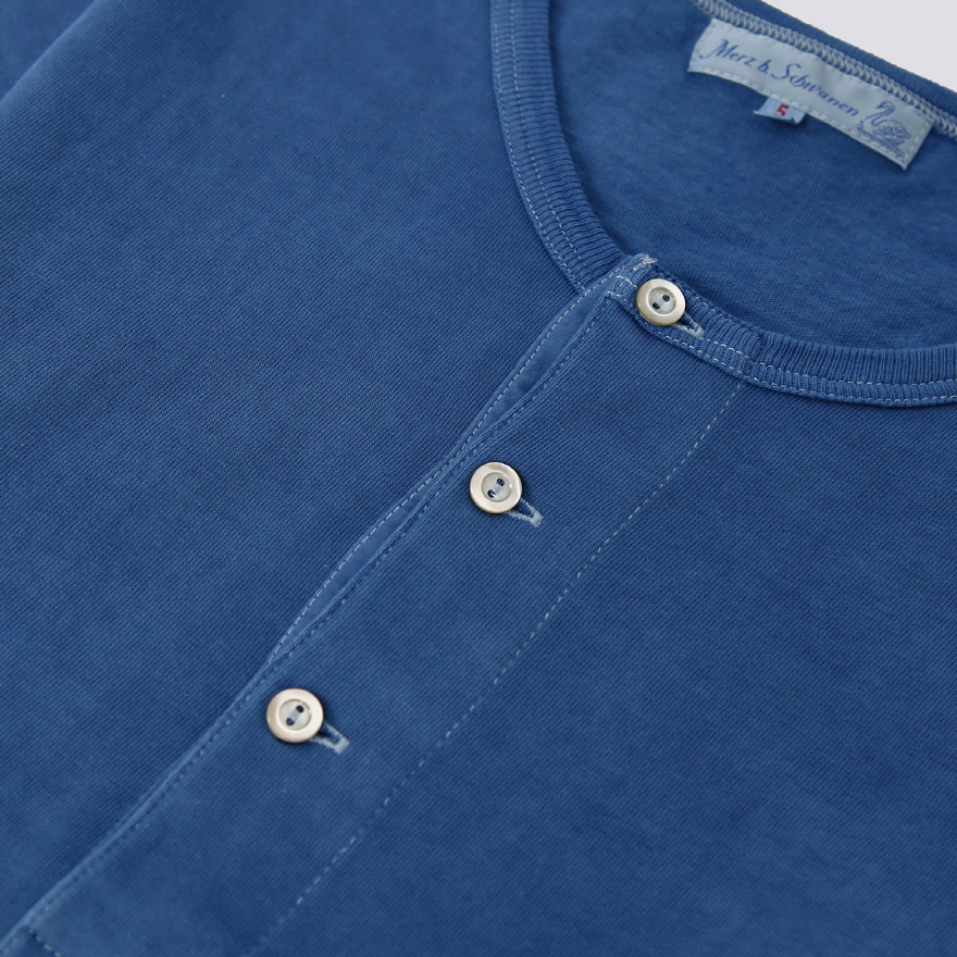 207 Henley Neck - Natural Indigo