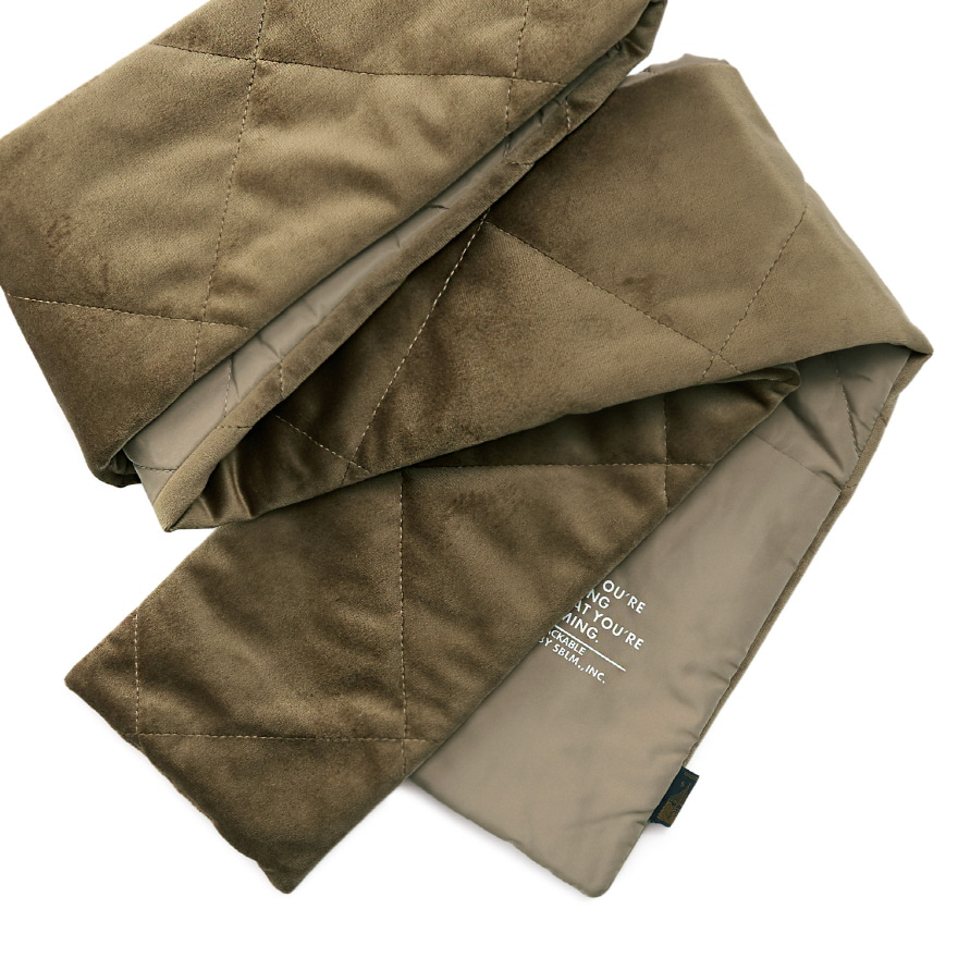 Pocket Velour Muffler - Camel